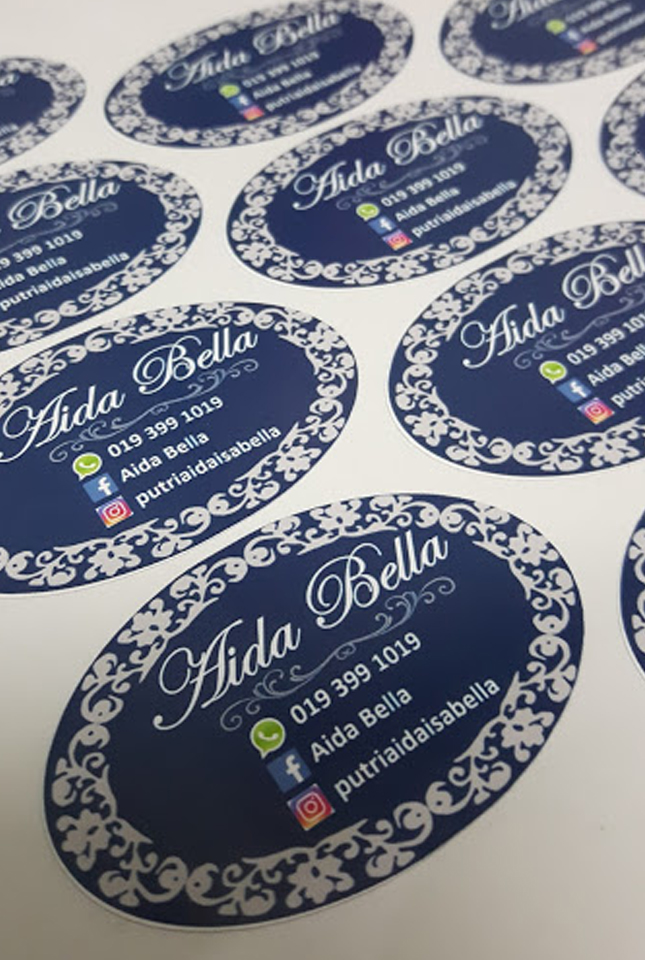 aida-bella-sticker